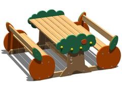 Tavolo per spazi pubblici in pino con panchine integrateARANCIA   Tavolo per spazi pubblici con panchine integrate - LEGNOLANDIA