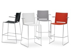 Sedia con braccioli con poggiapiedi MULTI | Sedia - Multi