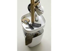 Contenitore in Corian® con alberello in frassino tinto olmoFONTE | Portabiancheria - REXA DESIGN