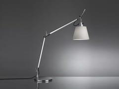 Lampada da tavolo in raso TOLOMEO BASCULANTE | Lampada da tavolo in raso - Tolomeo Tavolo