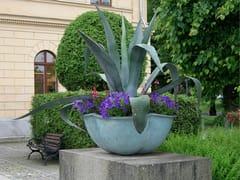 Nola Industrier, NÄCKROS Fioriera per spazi pubblici in bronzo