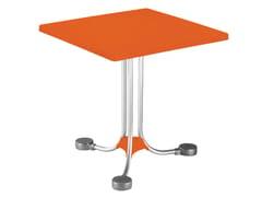 Tavolino quadrato in tecnopolimero Tavolino quadrato -