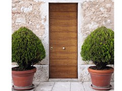 Porta d'ingresso blindata in abete SUPERIOR - 16.5021 M60Vip/M16/J16 - Professional