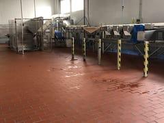 Pavimento industriale in gres porcellanatoPROYECT ROJO - EXAGRES