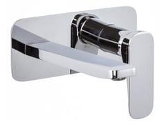Miscelatore per lavabo a muro con piastra QUAD F3741X5 | Miscelatore per lavabo - Quad