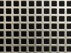 Lamiera/coil con fori quadratiFORI QUADRI - SCHIAVETTI LAMIERE FORATE