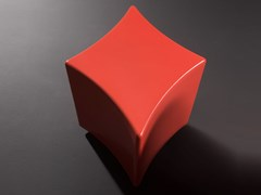 Tavolino basso in ceramicaSEGNI DELLE CARTE - QUADRI - KERASAN