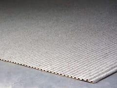 BUXKIN, RIBBED | Tappeto in feltro di lana  Tappeto in feltro di lana