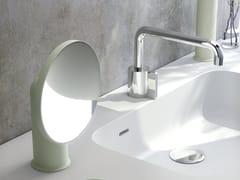 Specchio ingranditore rotondo da appoggioGEYSER | Specchio ingranditore - COSMIC