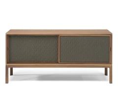 Madia in legno massello con ante scorrevoliCRATE | Madia - NATUZZI