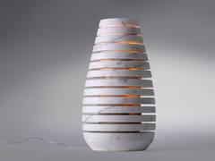 Lampada da terra / lampada da terra per esterno in marmoSILHOUETTE CALACATTA ORO - TCC WHITESTONE