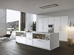 Cucina laccata con isolaSISTEMA 22 - AMBIENTE 09 - ALTA