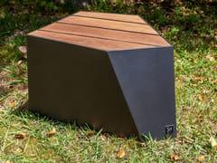 Seduta da esterni in ferro e legnoSKEW | Seduta da esterni - FACTOR-ESPAÇO, INVESTIMENTOS IMOBILIÁRIOS