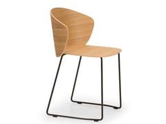 Sedia a slitta impilabile in acciaio e legnoNOT WOOD | Sedia a slitta - TRUE DESIGN
