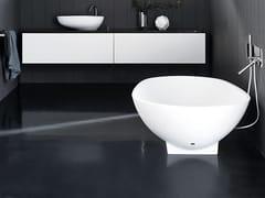 Vasca da bagno centro stanza ovale in Cristalplant®SPOON | Vasca da bagno - AGAPE