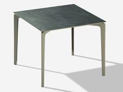 Tavolo da giardino quadrato in gres porcellanatoALLSIZE | Tavolo quadrato - FAST