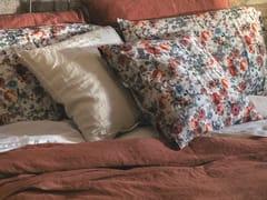 Cuscino in lino con motivi florealiSTAMPA BOUQUET   Cuscino - LA FABBRICA DEL LINO BY BERGIANTI & PAGLIANI