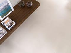 Pavimento/rivestimento in gres porcellanato effetto cemento STREET WHITE - URBATEK - Grès Porcellanato