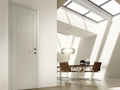 Porta a battente in legno STRIP | Porta in legno - Synthesi