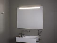 KOH-I-NOOR, SUPERIORE LED Specchio da parete con illuminazione integrata per bagno