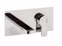 Miscelatore per lavabo a 2 fori a muro con piastra SURF - F5810 - Surf