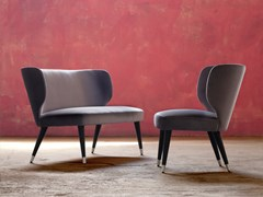 Lounge armchairs & sofas