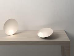 Lampada da tavolo a LED in vetro soffiatoMUSA | Lampada da tavolo - VIBIA