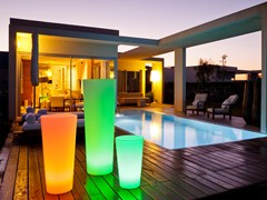Vaso da giardino alto luminoso in plasticaTANGO - SMART AND GREEN