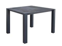 Tavolo da giardino quadrato in Dekton®TEN ALU | Tavolo quadrato - CALMA