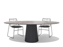 Tavolo da giardino ovale in ceramicaTOTEM OUTDOOR | Tavolo ovale - SOVET ITALIA
