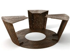 LAB23, ALCORQUE 1 Griglia per alberi / seduta da esterni in acciaio verniciato a polvere