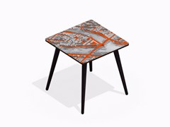 Tavolino quadrato in HPL e faggio TURGOT PONT NEUF M VERMILLON | Tavolino quadrato - Paris - Paris