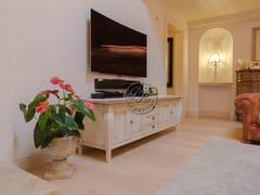 Mobile TV in legnoMobile TV 1 - GARDEN HOUSE LAZZERINI
