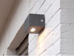 Lampada da parete per esterno a luce diretta in Corian®TWIN UP OR DOWN - ROYAL BOTANIA