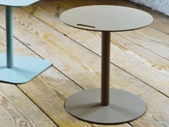 Tavolino quadrato in alluminio per contract VEDET R -