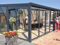 Veranda in alluminio e vetroVeranda con serramento a 2 battenti - GARDENDREAMS ITALY