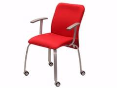 Sedia imbottita con ruote VERSO | Sedia da conferenza con braccioli - Verso