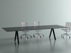 Tavolo da riunione rettangolare in legno impiallacciato con sistema passacaviVIS MEETING | Tavolo da riunione in legno impiallacciato - BK CONTRACT EQUIPMENT