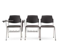 Sedia impilabile con braccioli VOLÉE PLASTIC | Sedia da conferenza con ribaltina - Volée Plastic