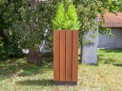 Fioriera per spazi pubblici alta quadrata in legnoWADE | Fioriera per spazi pubblici quadrata - FACTOR-ESPAÇO, INVESTIMENTOS IMOBILIÁRIOS
