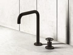 Miscelatore lavabo con comando remoto da appoggio FONTANE BIANCHE | Miscelatore per lavabo - Fontane Bianche | Salvatori + Fantini