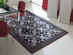 Tappeto in tessuto a motivi geometriciWEMBLEY - BESANA MOQUETTE