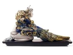 Soprammobile in porcellanaWINGED BEAUTY WOMAN - LLADRÓ