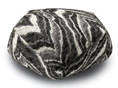 Pouf diamante in tessuto jacquard boucléYEAL | Pouf - MHOME