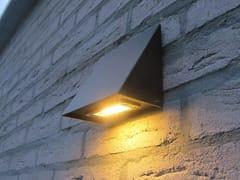 Lampada da parete per esterno a luce diretta in zincoZINK - ROYAL BOTANIA