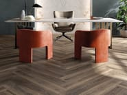 Pavimento/rivestimento in gres porcellanato effetto legno per interni ed esterni ECO CHIC by ABK