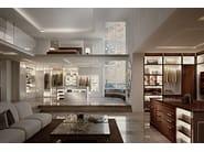 Custom walk-in wardrobe with integrated lighting ESSENZA | Guardaroba LEI by Martini Interiors