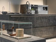 Cucina con isola LINGOTTO INOX HAND BRUSHED NERO by Xera by Arex