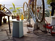 Powder coated steel garden side table METAL SIDE TABLE OUTDOOR by Vitra