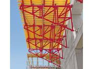 PERI SB PERI SB Contrafforti - I contrafforti SB trasferiscono le sollecitazioni dovute alla pressione del calcestruzzo fresco al piano di appoggio o alle fondazioni.